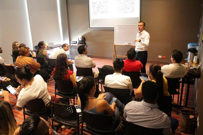 Julian Castiblanco Redes Sociales.